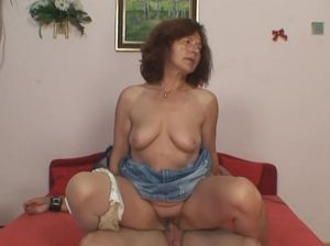 Hot mom xvideo