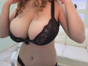 Curly hair pussy