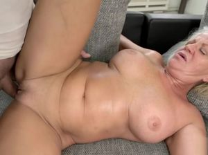 Old slut blowjob