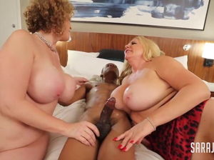 Two mature blowjob