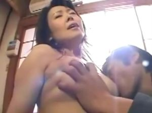 Japanese mom nude