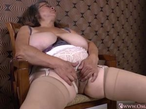 Mature latina nudes